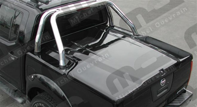 tonneau cover met roll bar Nissan D40