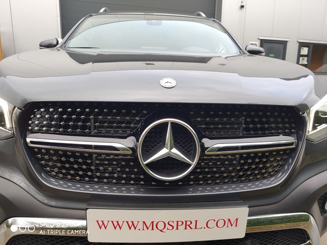 Black Chrome Style GT grille - Class X