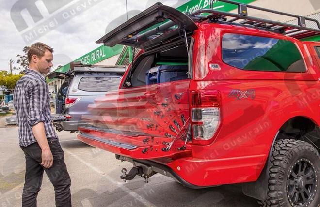 Opening and closing assistance assistant Ford Ranger 2019